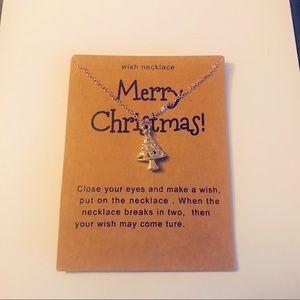 Jewelry - Christmas tree wish necklace